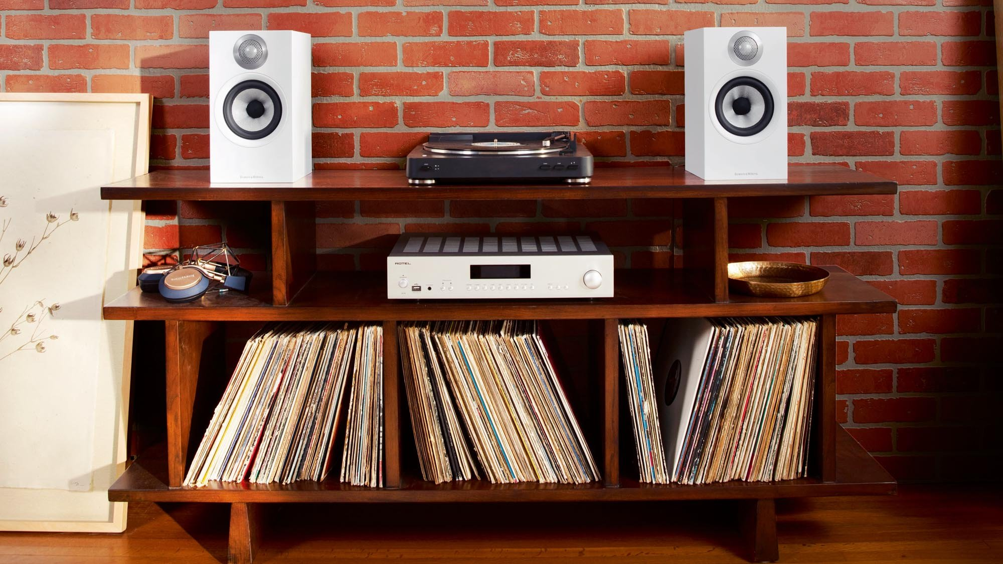 Best bookshelf speakers 2020: The best compact stereo speakers, from £100 |  Expert Reviews