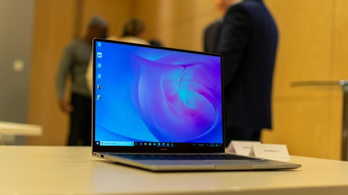 Huawei MateBook 14 review: The biggest and best of Huawei's 2019
