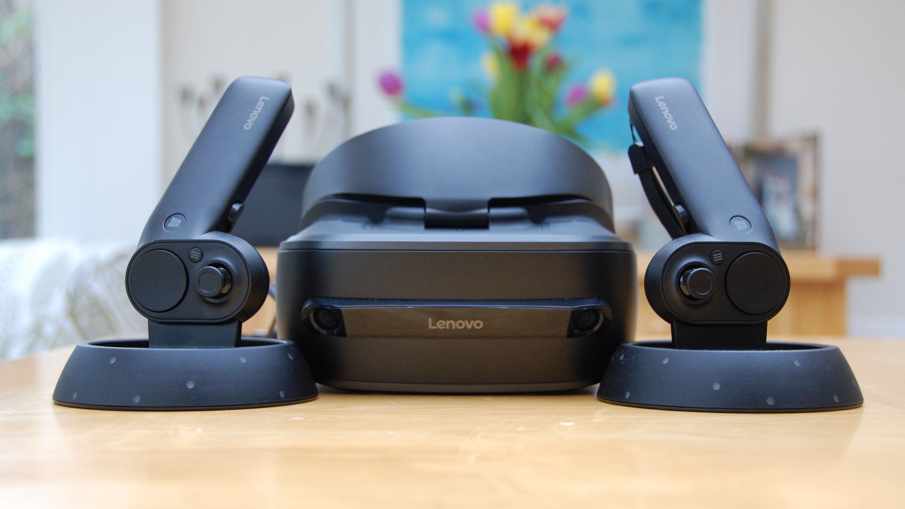 Lenovo Explorer mixed reality headset review: WMR headsets disappear
