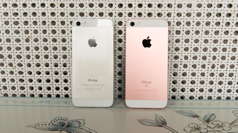 iphone se vs iphone 5s time to upgrade now expert reviews. Black Bedroom Furniture Sets. Home Design Ideas