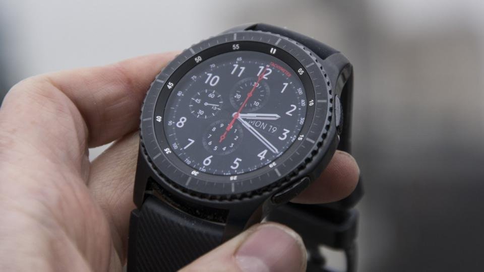 8babf8109b2ef Samsung Gear S3 review  Now an absolute bargain. Smartwatches