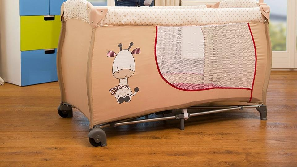 2ccadb0d1f1 Hauck Baby Center Travel Cot  The best travel cot for first-time parents