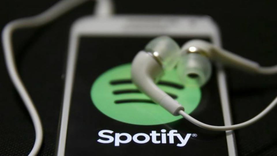 Spotify vs Amazon Music vs Apple Music vs YouTube Music