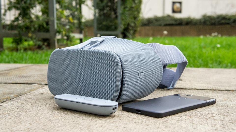 Google Daydream View review: Google's Pixel-perfect Gear VR