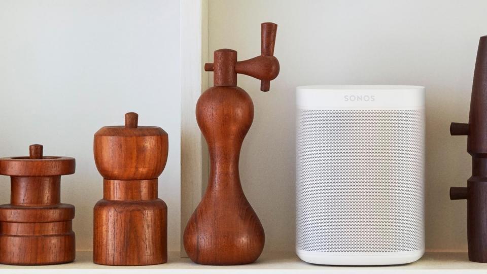 best_smart_speakers_-_sonos_one.jpg?itok=XIA9GOPC