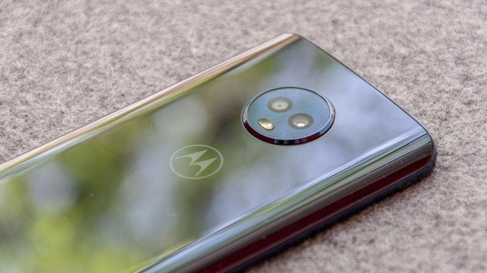 Motorola Moto G6 review: Return of the King | Expert Reviews