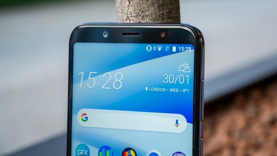 HTC U12 Life review: HTC's best mid-tier smartphone? | Expert Reviews