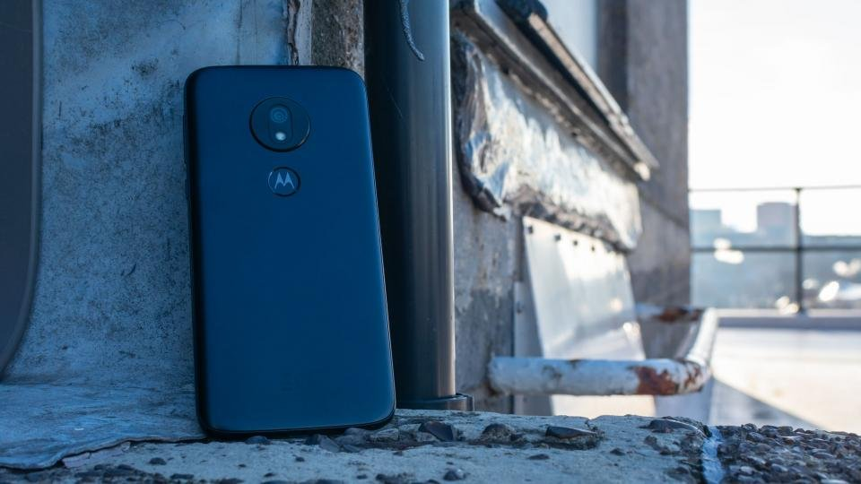 31e9005c5a8 Motorola Moto G7 Play review: Motorola's cheap and (almost) cheerful ...