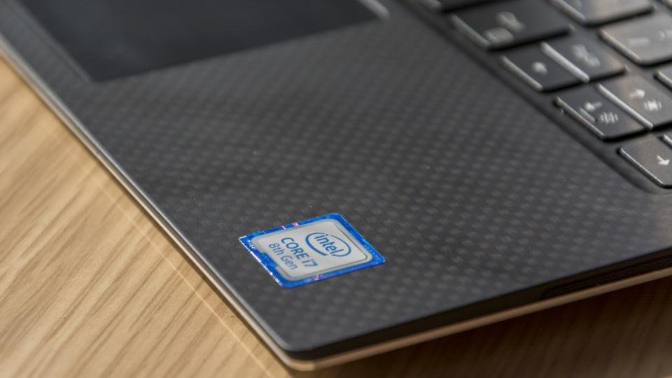 Dell XPS 13 (2019) review: Dell adds 10th-gen Intel chips to