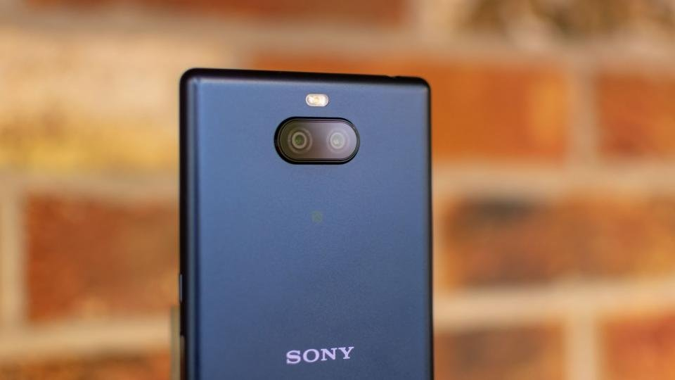 Sony Xperia 10 Plus Review Should You Go 21 9 In 2019