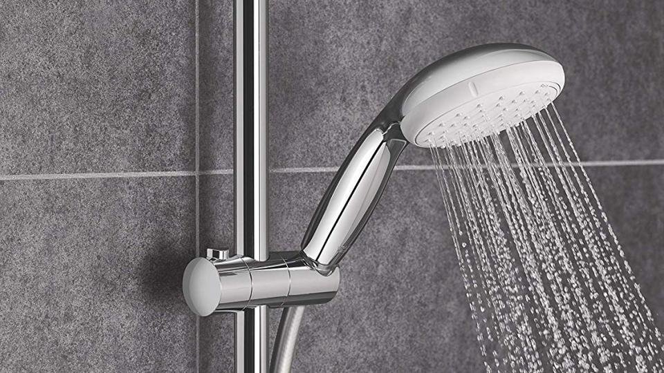 Couradric Handheld Shower Head High Pressure Replacement Shower Head with Powerful Shower Spray Against Low Pressure Water Supply Shower Head Only