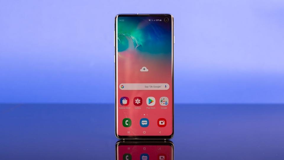 Samsung Galaxy S10 review: Forget foldability, this is