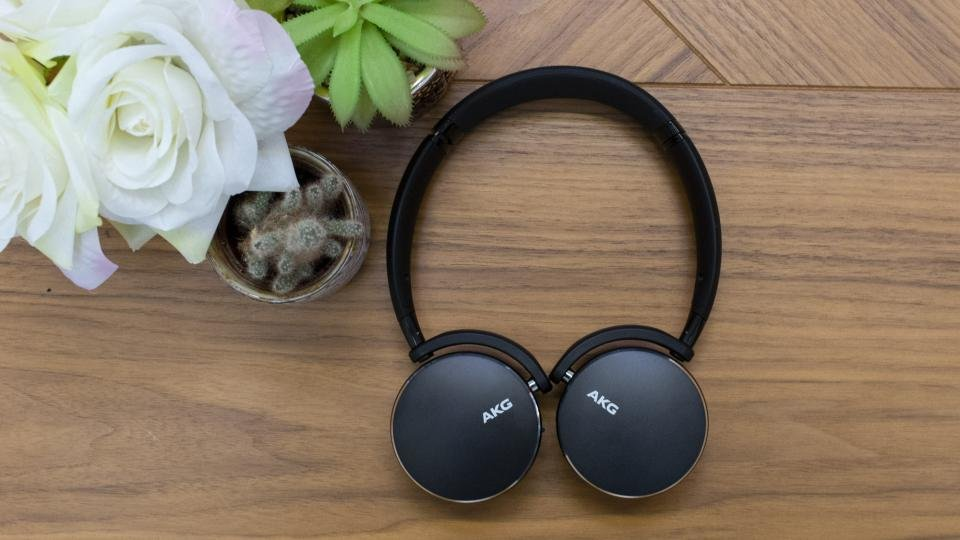 Akg Y500 Review Not The Headphones You Were Looking For Expert Reviews