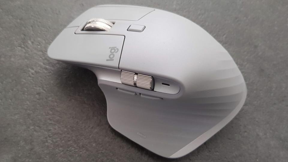 Logitech MX Master 3 from above