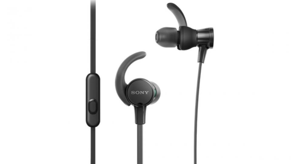 Best Running Headphones 2020 The Best Wired And Wireless Headphones For Running Expert Reviews