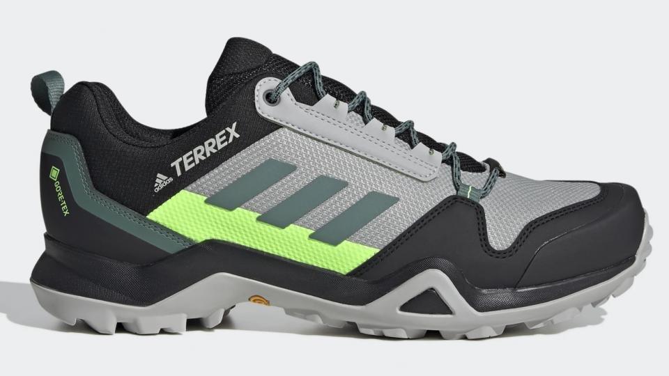 best lightweight waterproof walking shoes