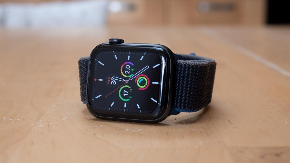 Best Smartwatch 2021 The Best Wearables For Iphone And Android Expert Reviews