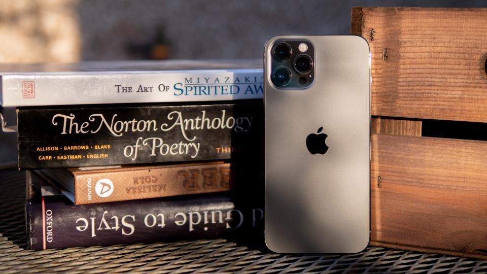 apple_iphone_12_pro_max_review_11.jpg?itok=mY8pH7WT