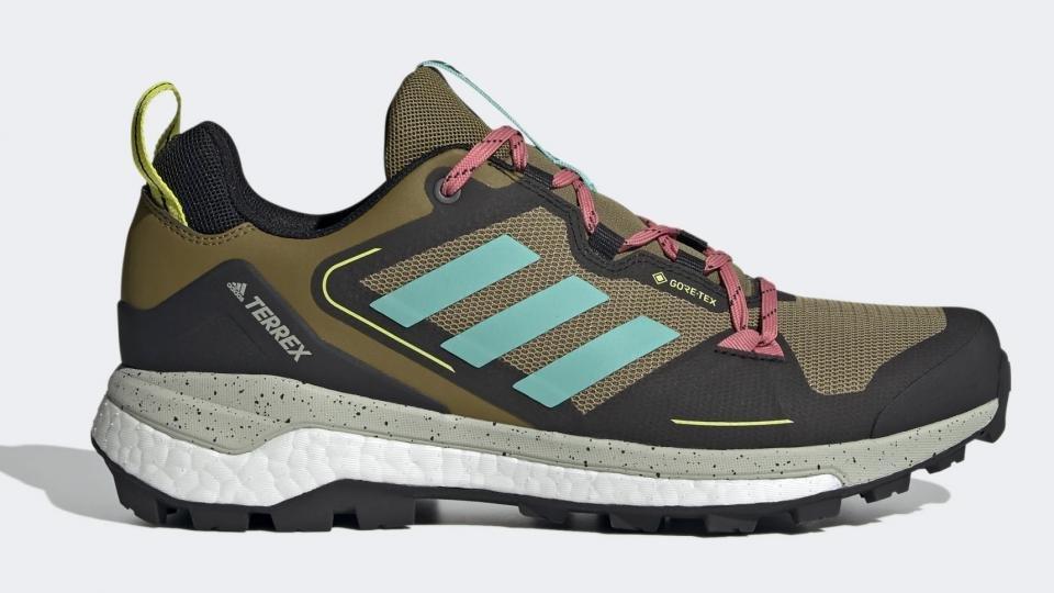Best walking shoes 2021: Lightweight, waterproof outdoor shoes for ...
