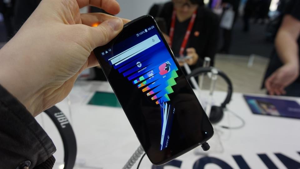 Alcatel One Touch Idol 3 review - hands on | Expert Reviews