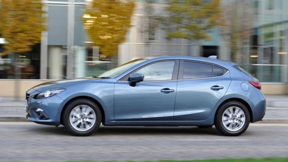 Mazda 3 Review (Sport Nav 2-litre 165ps) | Expert Reviews