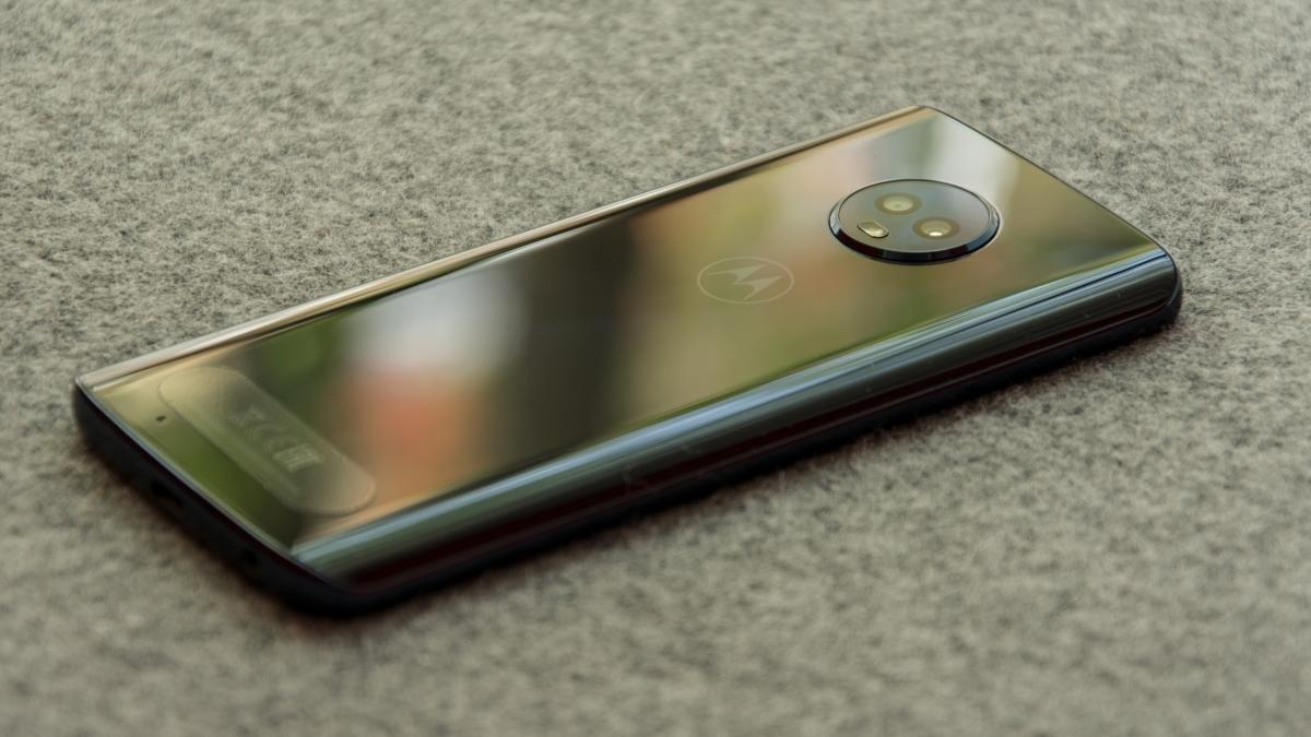 Motorola Moto G6 review: Return of the King | Expert Reviews